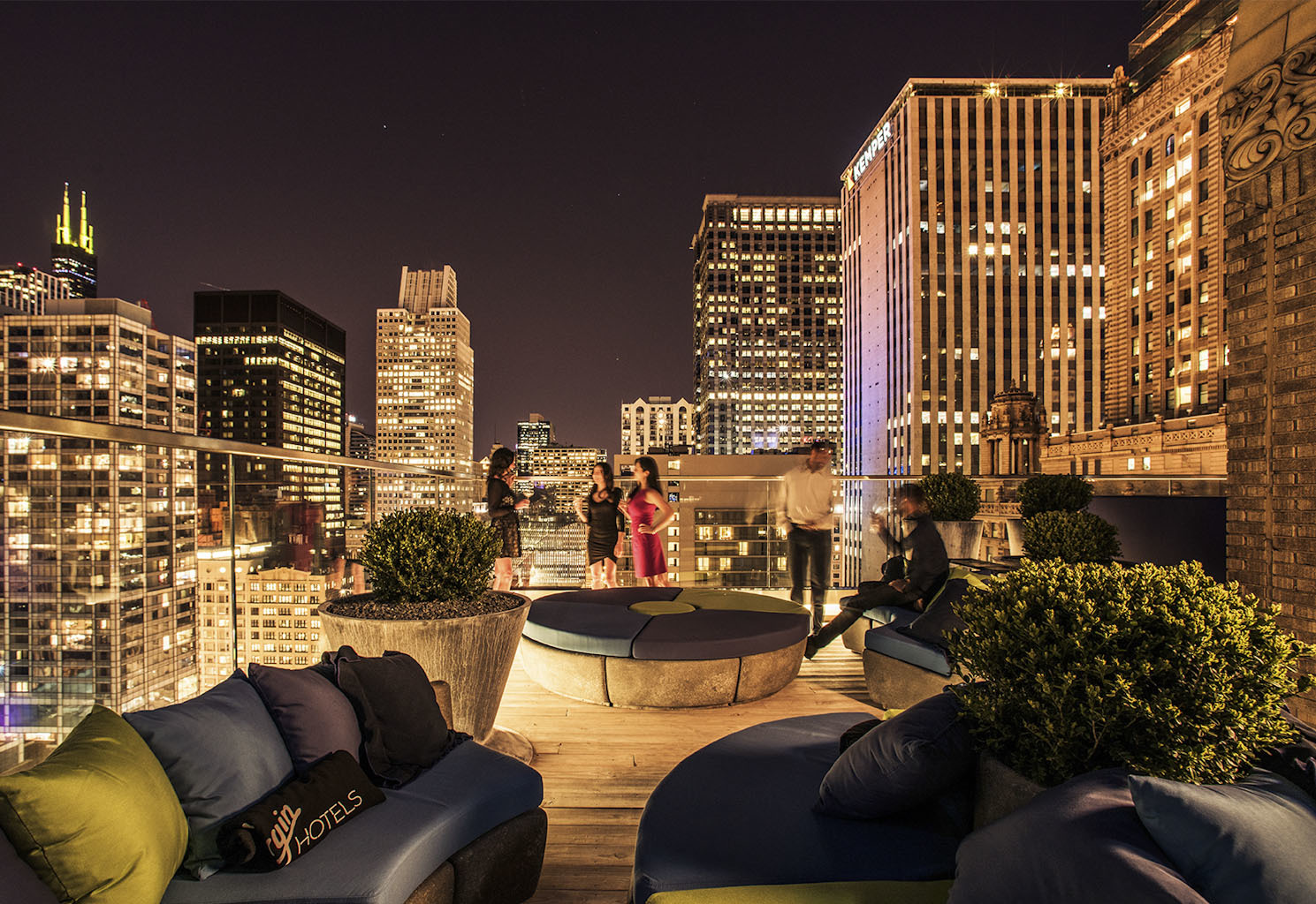 Cerise Rooftop  Bars in Loop Chicago