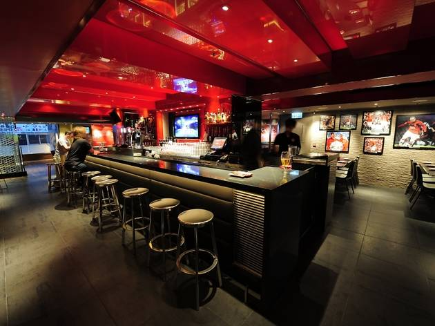 Manchester United Restaurant Bar  Bars and pubs in Tsim Sha Tsui Hong Kong