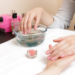 How Much Does A Pedicure Chair Cost Justice Desk Best Cheap Nail Salons In Nyc For Stylish Mani Pedis On Budget Issa Salon