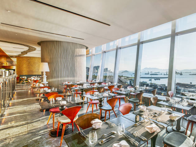 hotels with kitchen in los angeles white floors the w hotel restaurants west kowloon hong kong