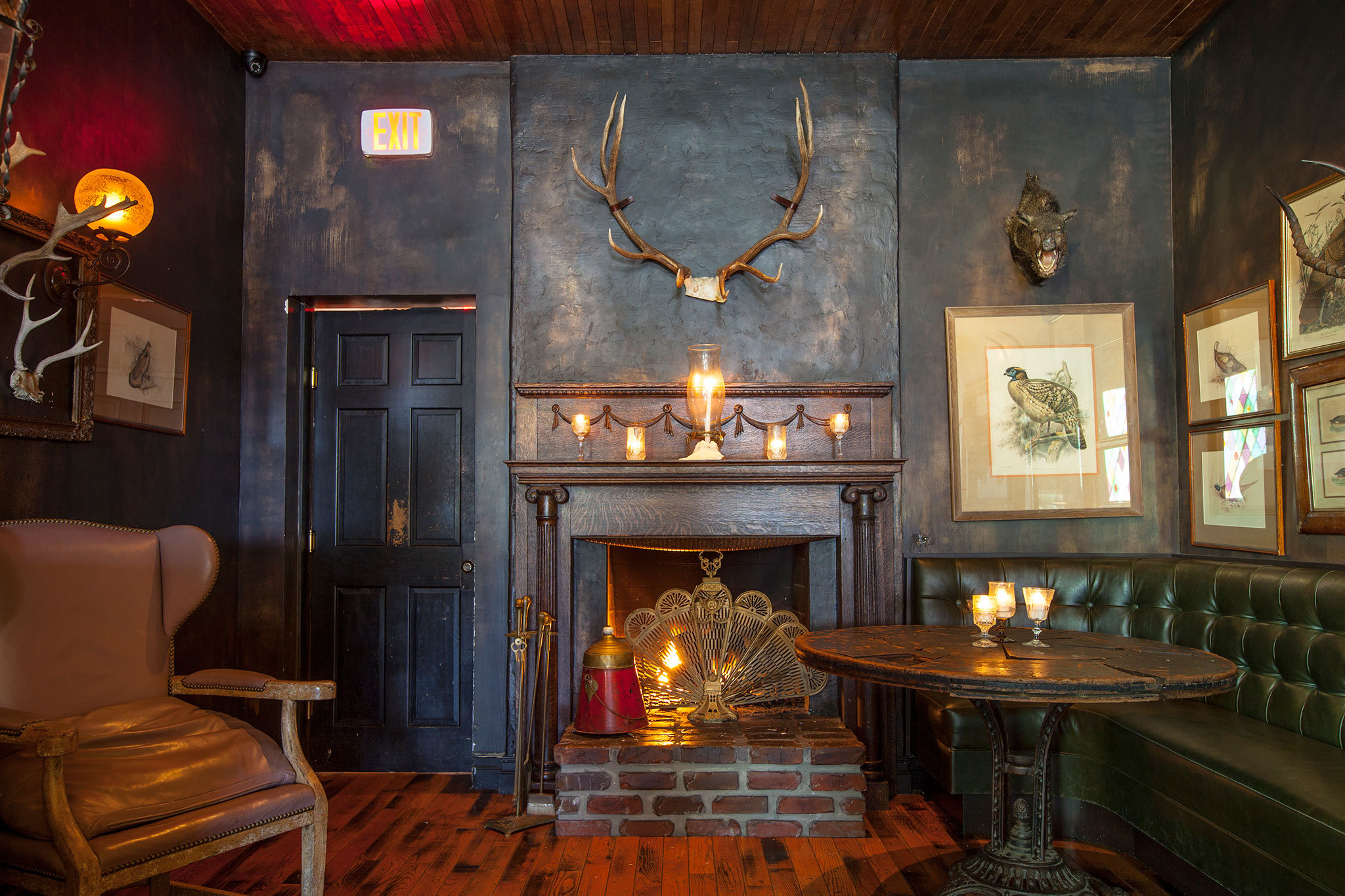 Cozy Fall Wallpaper Where To Find The Best Fireplace Bars In Los Angeles