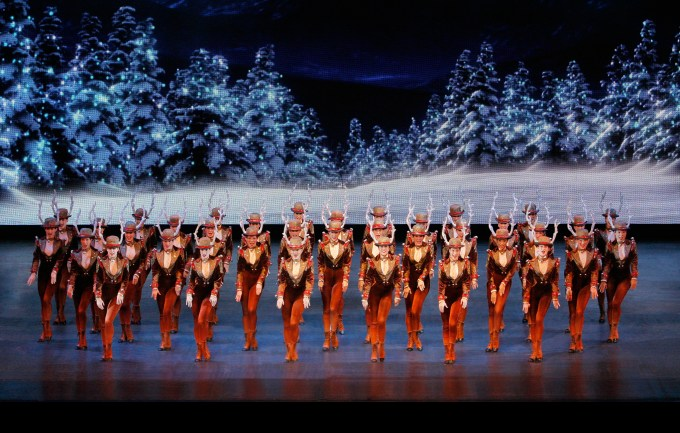 radio city christmas spectacular 2017 tickets and information - How Long Is The Radio City Christmas Show