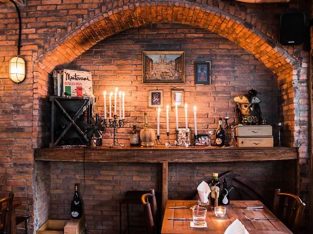 Cantina Wine Bar and Italian Kitchen  Restaurants in Ari