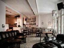 Le Pigalle Restaurants In Saint-georges Paris