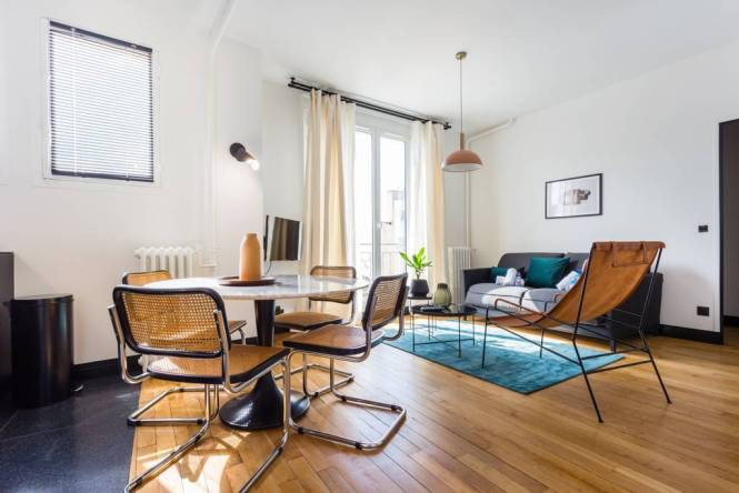Airbnb Paris Luxury Two Bed South Pigalle