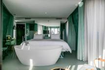 Lisbon Hotels With Jacuzzis In Rooms Including Rooftops