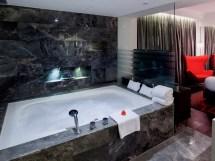 Expensive Hotel Bathtubs In Hong Kong