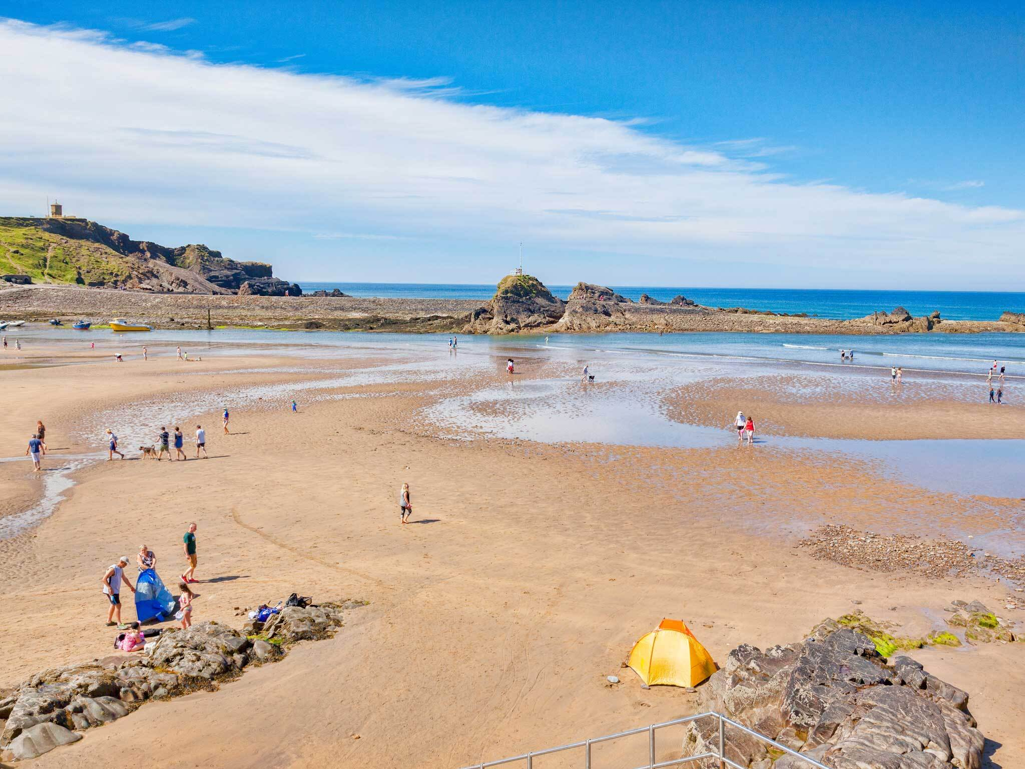 25 Best Beaches In The Uk From Sandy Bays To Summer Sun Traps