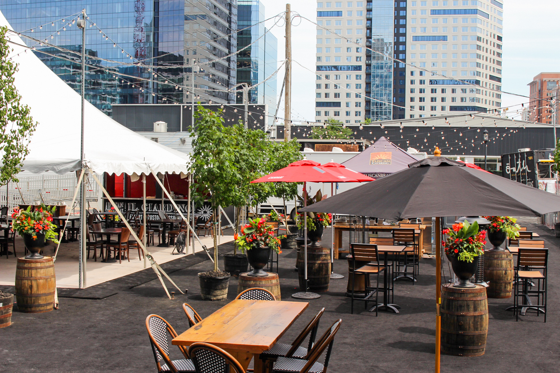 Meet The Seaport S Biggest New Outdoor Hot Spot Tuscan Kitchen S Il Giardino