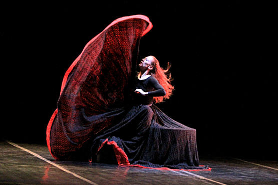Martha Graham Dance Company, Blakeley White-McGuire in