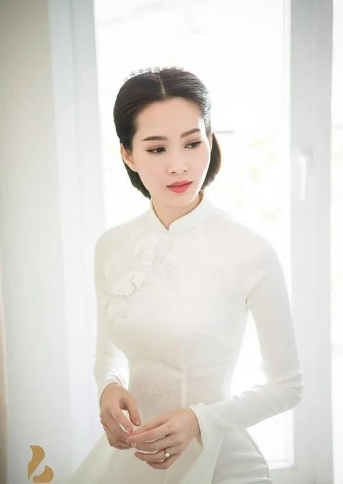 Hình ảnh So kè những chiếc nhẫn cưới có trị giá khủng của cặp đôi sao Việt số 2
