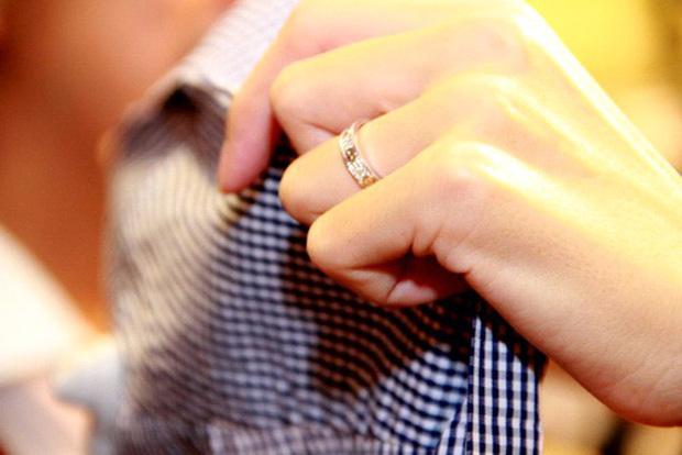 Hình ảnh So kè những chiếc nhẫn cưới có trị giá khủng của cặp đôi sao Việt số 8