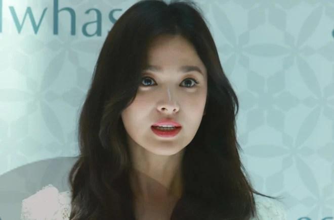 Song Hye Kyo đã bị làm tổn thương sâu sắc như thế này trước khi chồng ly hôn 2