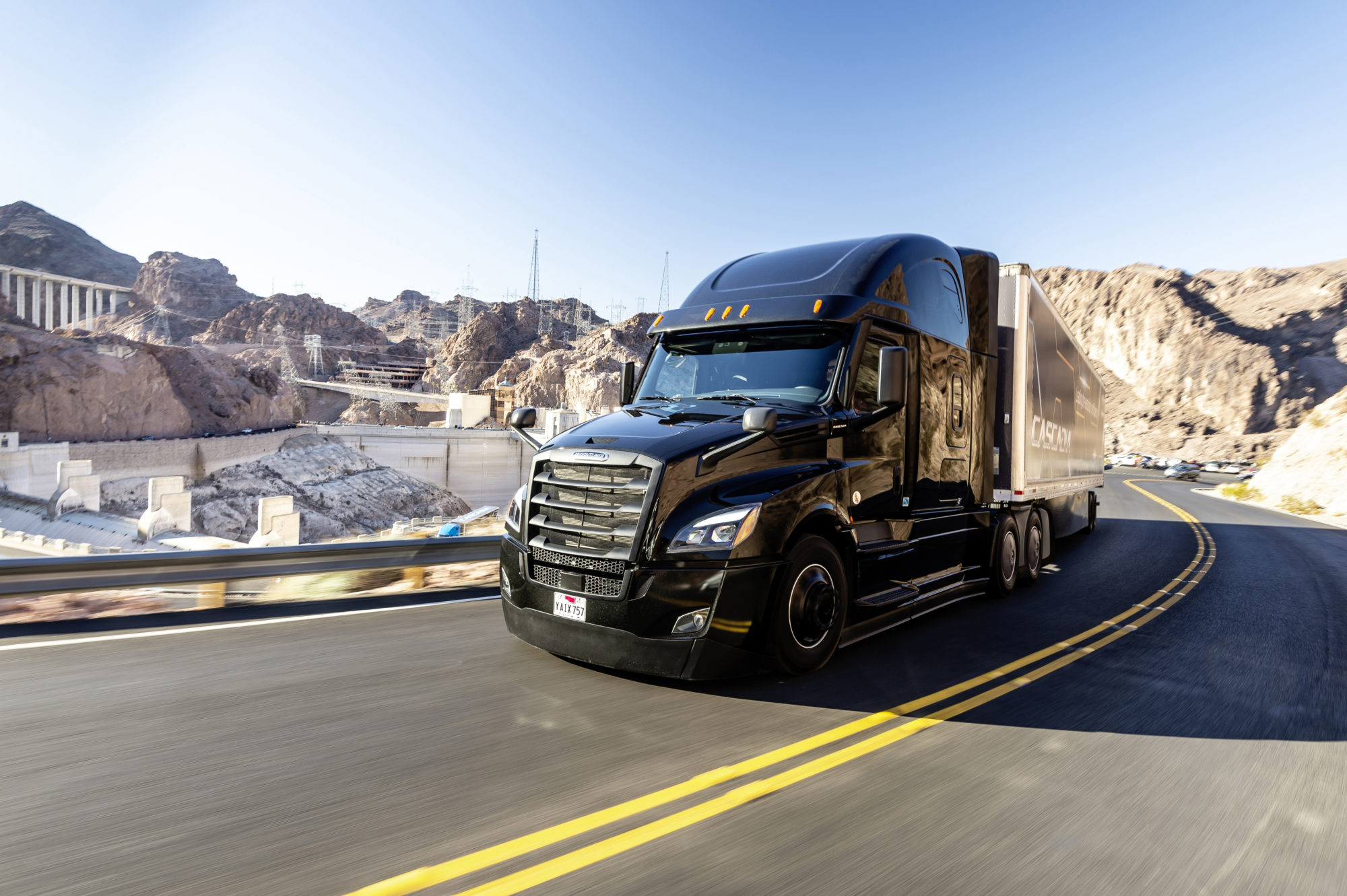 hight resolution of ecascadia null freightliner new cascadia january 2019 technical data exterior black 126bbc w 72 raised roof sleeper dd15 w 400hp 1 750 lb ft