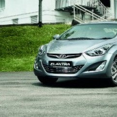 New Corolla Altis Vs Elantra Grand Avanza Veloz 1.3 At Group Test Toyota Versus Hyundai Nissan Sylphy Torque