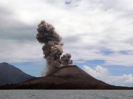 Il vulcano Krakatoa e lurlo di Munch