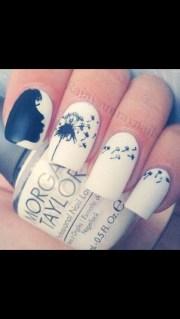 die glitter design nails