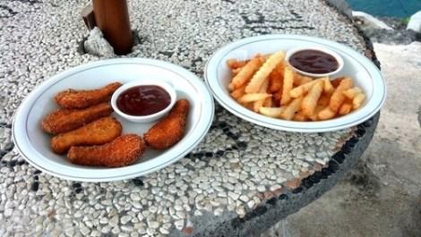 Nuggets frites à Ceningan