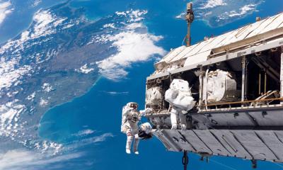 Le Boston Globe nous livre une série de photos exceptionnelles à l'occasion des 10 ans de la station spatiale internationale (ISS)