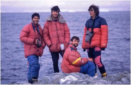 Guillaume Mascaro, Aldo Boitano, Mauricio Rojas, José Nicolás Vélez, Isla Bravante, 1993.