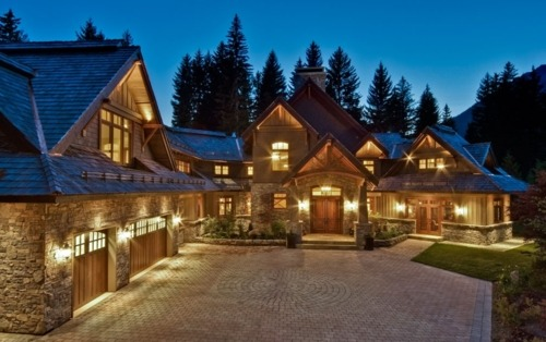 Sprawling Family Home in BC Canada