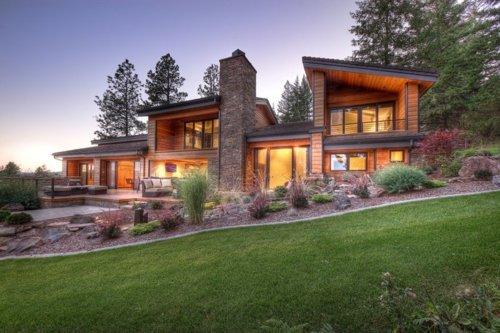 Contemporary Lake House