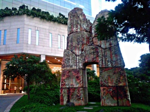 The Entrance to the Hotel Hyatt Regency. Something like a monolithic structure from the age of Neanderthals? Stonehenge? :P
