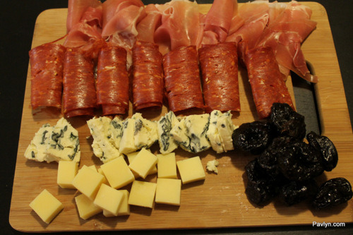 Meat-Cheese-Platter_Chorizo_Prosciutto_pavlyn