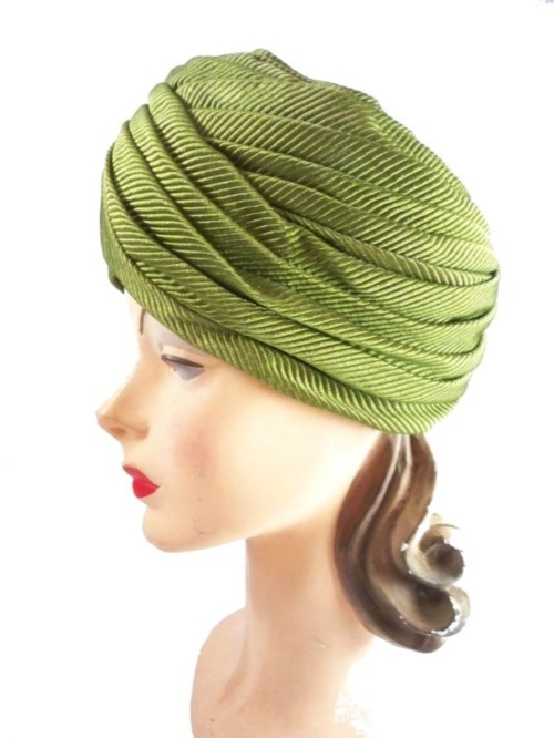 A Curated Collection of Vintage Turbans (5/6)