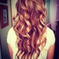 Displaying 19 gallery images for curled hairstyles tumblr