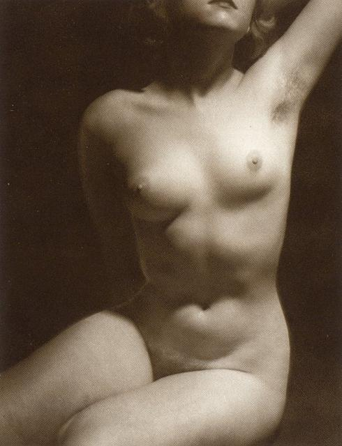 http://www.edinerotica.com/gallery/v/vintage/25.jpg.html