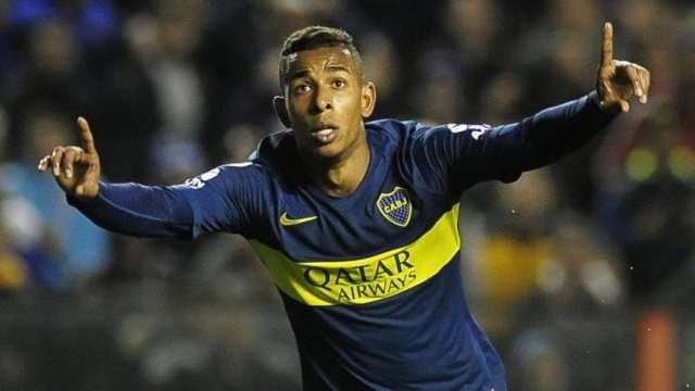 Sebastián Villa se hará estudios y Alfaro ya piensa su posible reemplazo