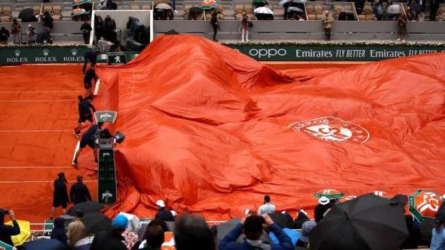 Djokovic-Thiem, suspendido por lluvia