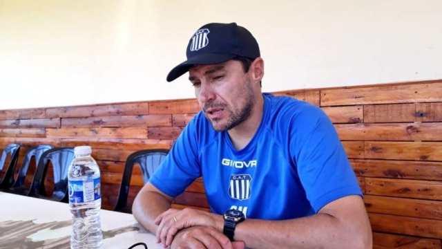 Oficial: Alexander Medina sigue como DT de Talleres