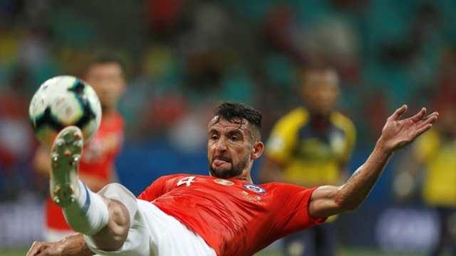 Mauricio Isla llega al Flamengo para reemplazar a Rafinha