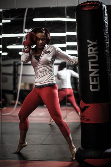 Muay Thai Girl Wallpaper Women S Mma Superstar Waterson Ready For Big Stage Ufc
