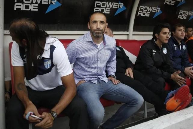 Azconzábal y Zapata forman una dupla inseparable como cuerpo técnico.