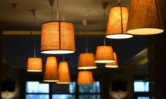 Idee creative per decorare casa lampade fai da te da realizzare per abbellire le stanze  UrbanPost