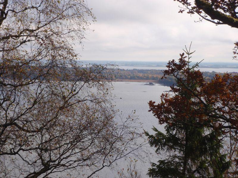 Utsikten mot Vänersnäs, på väg tiibaka