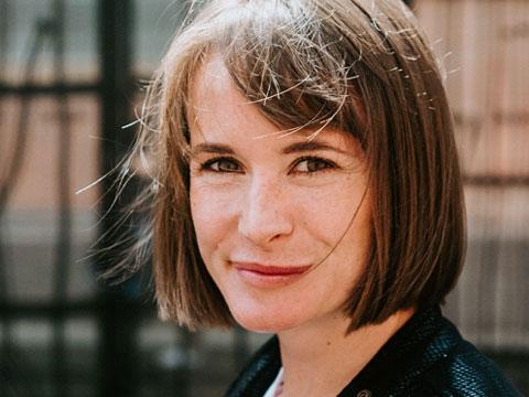 Abigail Dean, Flicka A