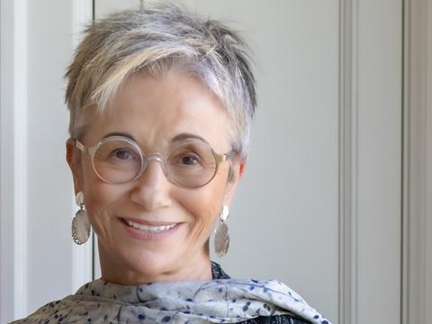 Elizabeth George, Att skriva en deckare