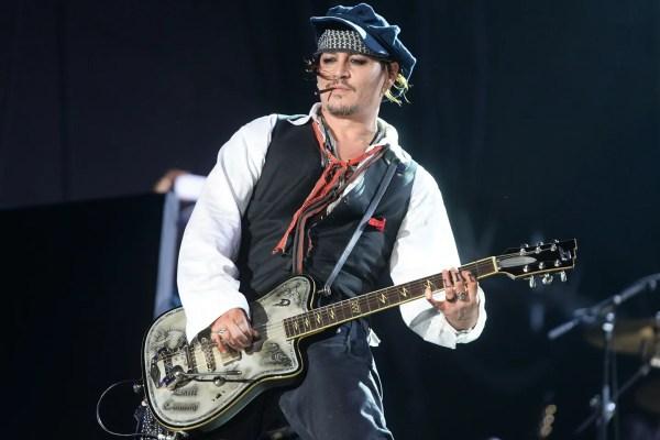 Hollywood Vampires Johnny Depp Guitar