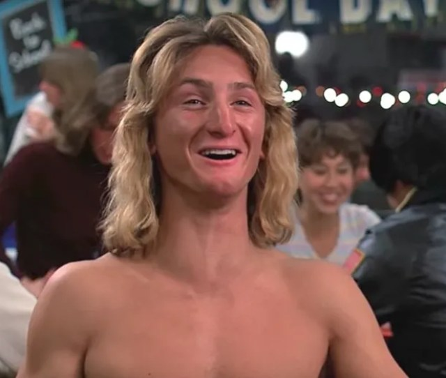 How Sean Penn Saved Fast Times At Ridgemont High From Destruction