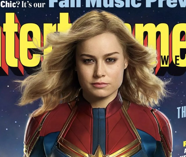 First Look At Brie Larsons Captain Marvel Should Please Comic Book Fans