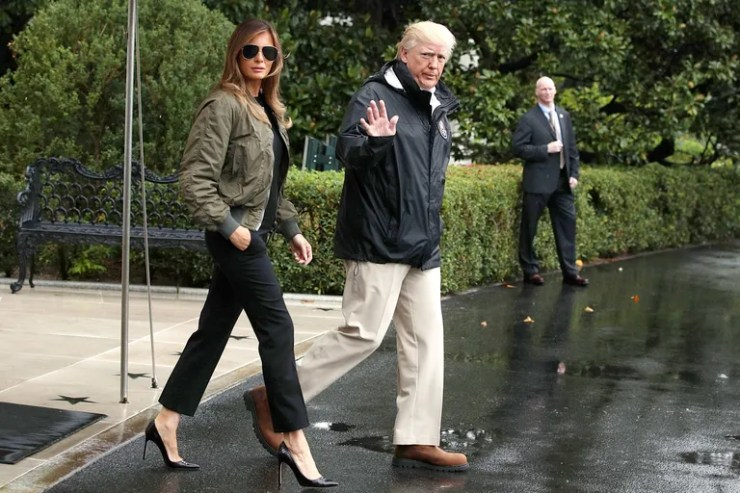 Melania Trump wears heels to Texas during Hurricane Harvey.