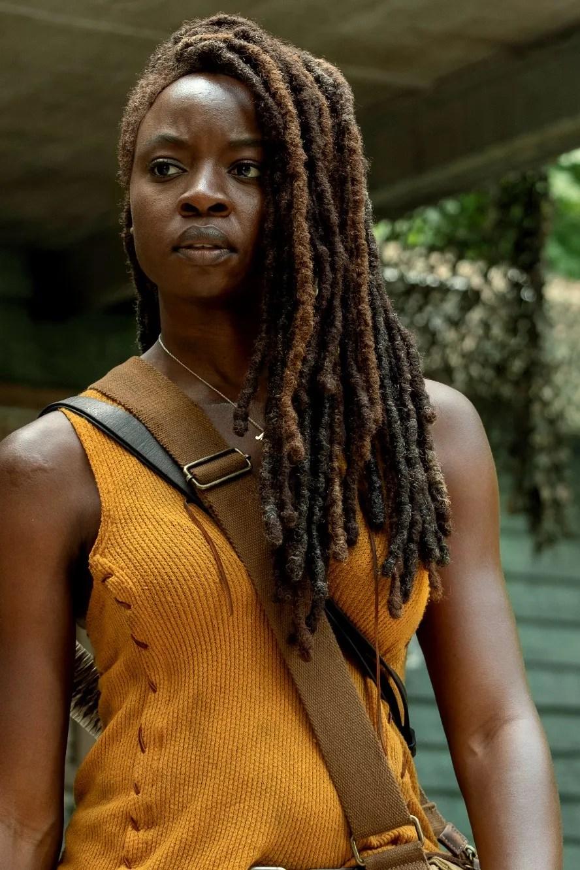 """Michonne The Walking Dead : michonne, walking, Walking, Showrunner, Promises, """"Meaty"""", Endgame, Michonne,, Teases, Maggie's, Return, Vanity"""