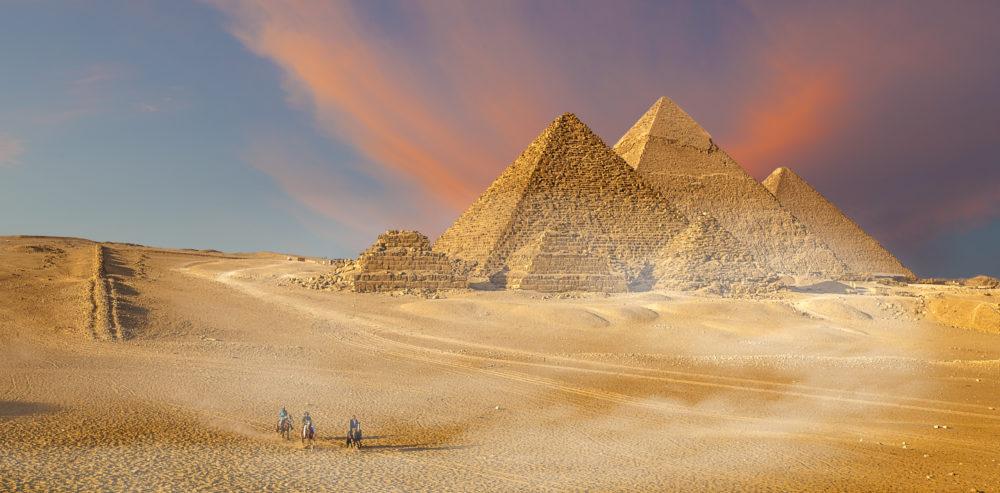 sevärdheter i Giza, sevärdheter i Kairo, sevärdheter i Egypten, arkeologi i Egypten, faraoniska Egypten, pyramider, kända byggnader i Egypten