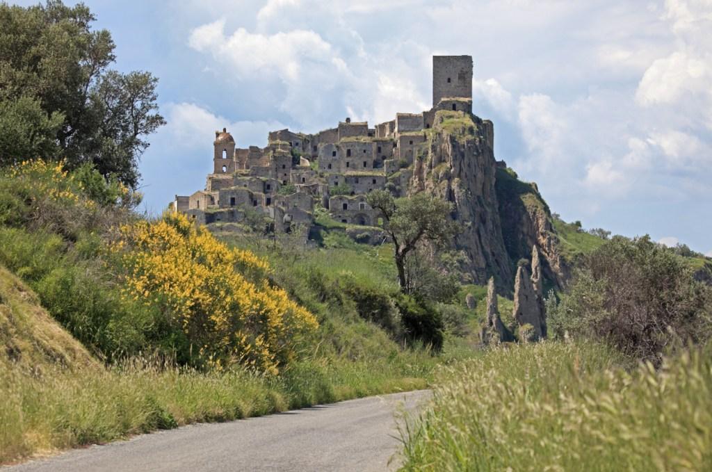 övergivna städer, övergiven stad, övergivna städer Europa, övergivna städer Italien, spökstäder i Europa, spökstäder i Italien