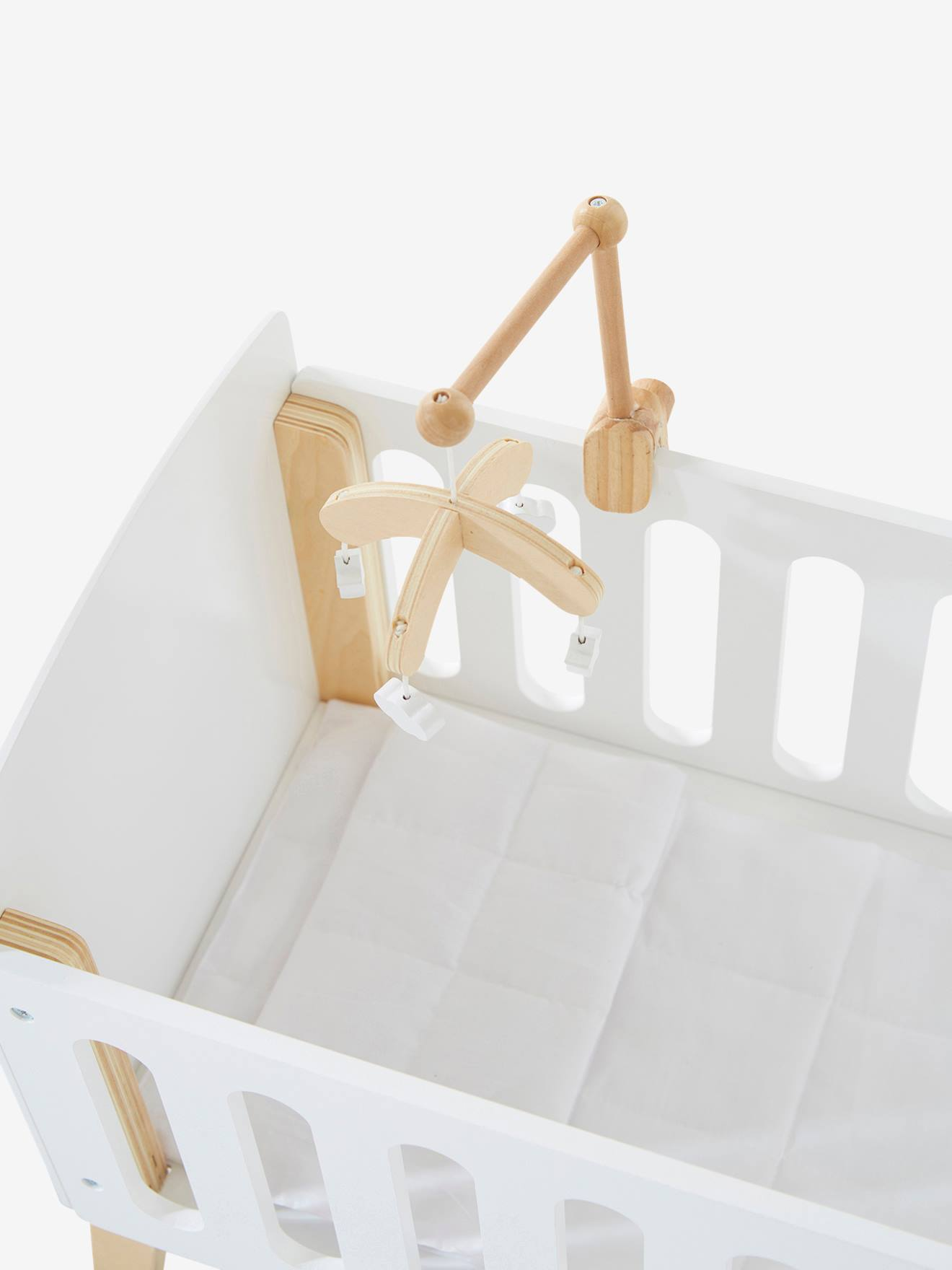 mobile pour lit poupon en bois blanc natur