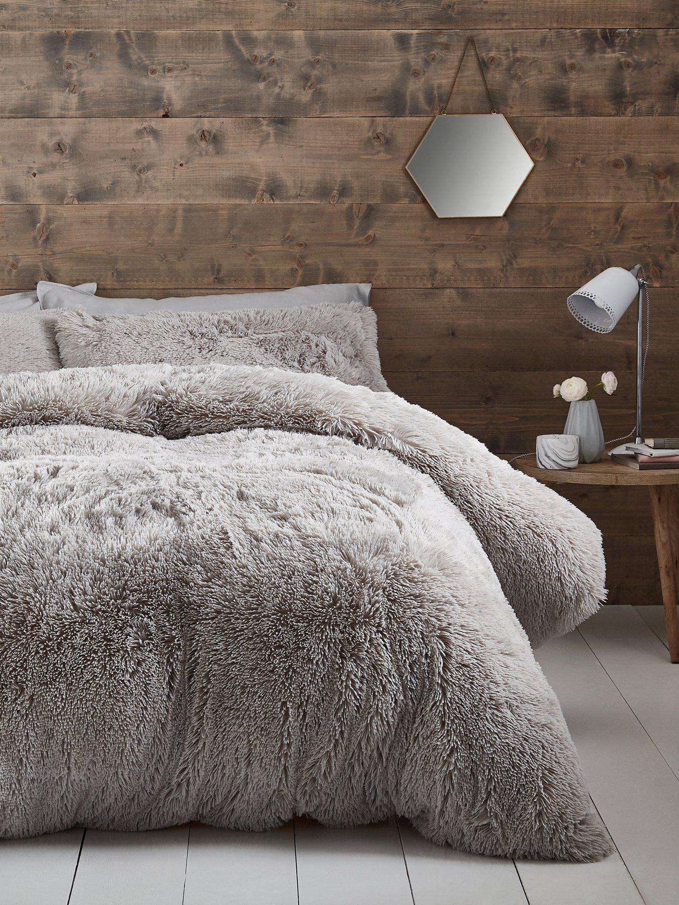 cuddly faux fur duvet cover set
